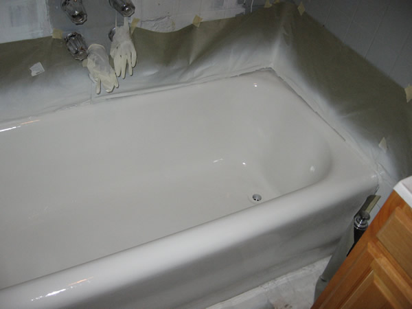 BATH TUB REGLAZING AFTER